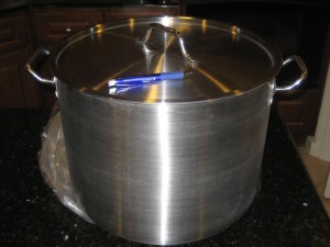 Expensive 40 US Quart (38 liter) Stainless Steel Stockpot Cheese Making Vat - CheeseForum.org