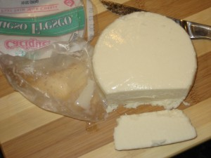 US California Made Cacique Brand Queso Fresco, Removed From Package - CheeseForum.org